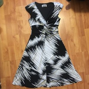 Black and White Twist Patterned Dress